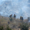 Brushfire Held to <nobr>2 Acres</nobr>, Firefighter Injured (Video)