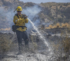Elsmere Fire: Blaze 30% Contained, Some Freeway Lanes, Ramps Remain Closed