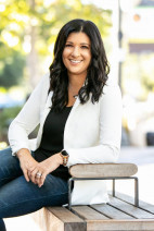 Lifelong SCV Resident, Longtime Realtor Erika Kauzlarich-Bird Joins Compass