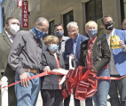 Laemmle Officially Opens in Old Town Newhall
