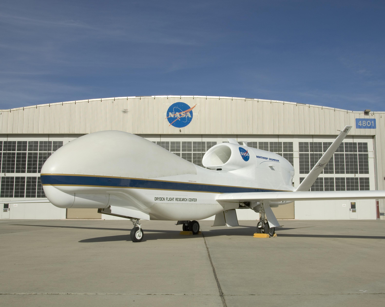 Knight Introduces Aeronautics Innovation Act of 2017 - SCVNEWS.com