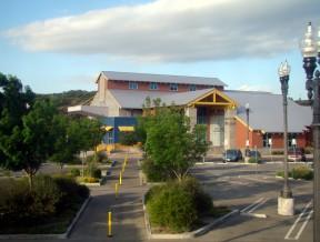 newhallcommunitycenter