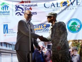 Santa Clarita, 10-1-2012: CalVet Sec. Peter J. Gravett (Major General, Ret.) greets Lt. Renard Thomas, who will be the first resident of the new veterans' village.