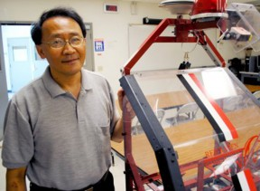 Mechanical engineering professor C.T. Lin and the Red Raven. Photo: Daily Sundial.
