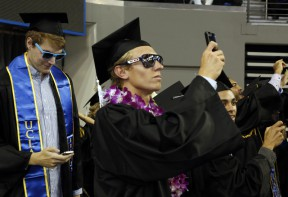 Commencement_2013_students_shades