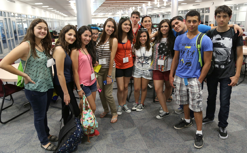 Tecmilenio students stop in the TLC (The Learning Center) during their ...