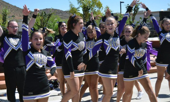 _scouts-cheer3