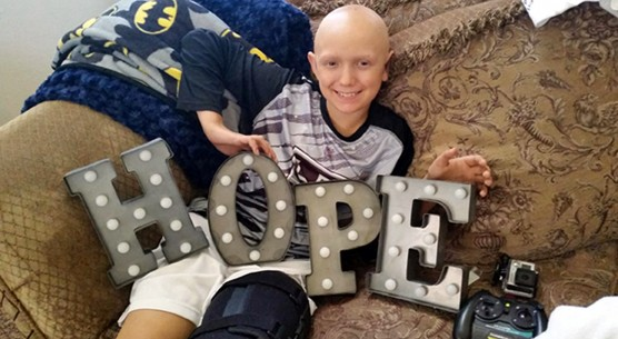 Friends and family of a Santa Clarita Valley boy with cancer are asking the community to help donate blood to the Children's Hospital Los Angeles for Team Connor.
