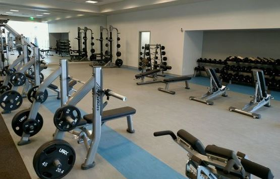Henry Mayo Fitness and Health, Town Center Drive, Valencia