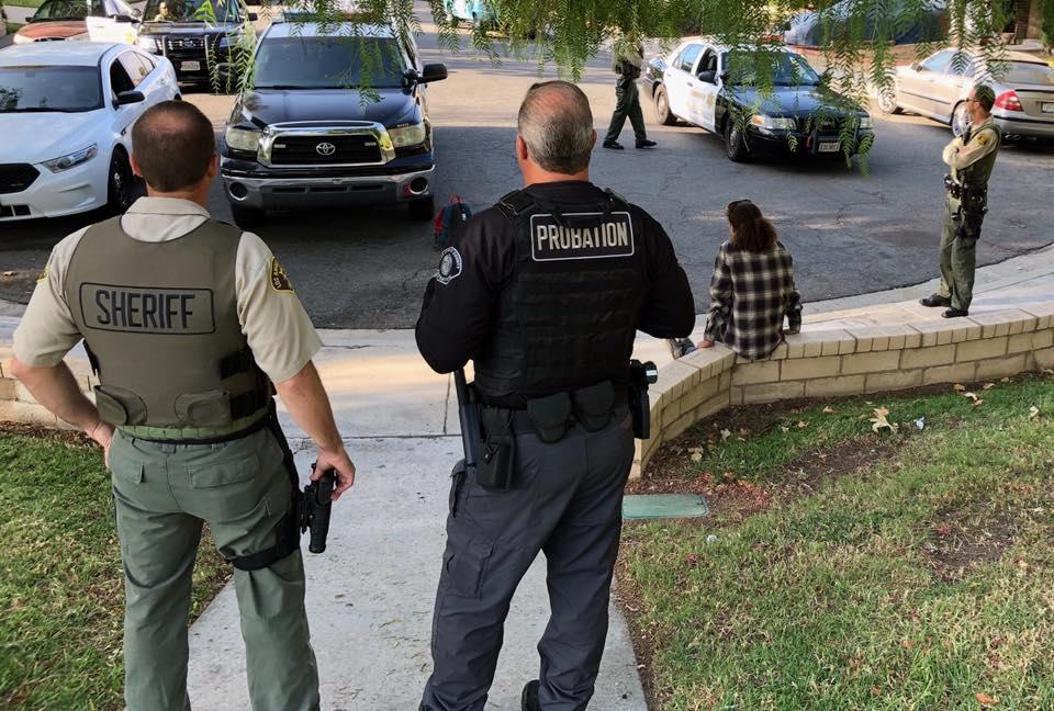 Scv News Scv Deputies Check Probationers Aid In Domestic Violence Call Scvnews Com