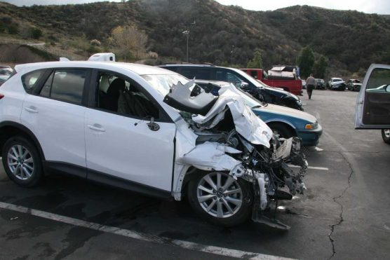 Head-on crash on Bouquet Canyon in Saugus, 02-12-18