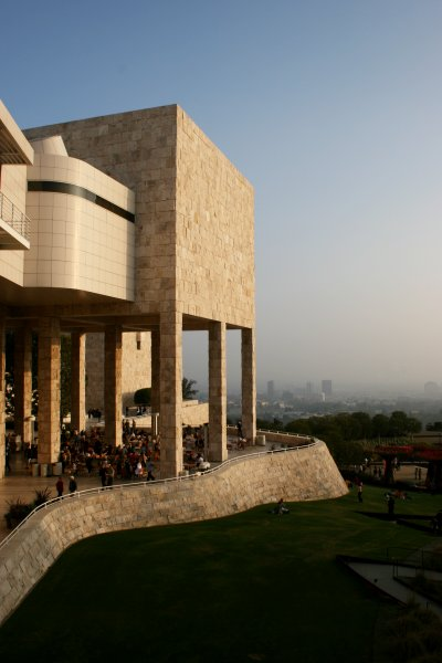 The Getty Center in Los Angeles, taken November 24, 2006 by Brian Davis | Photo: WikiMedia Commons-GNU