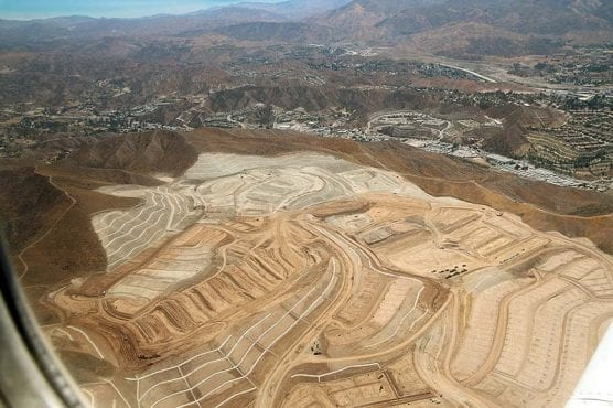 An aerial view of the Skyline Ranch housing development in the Santa Clarita Valley, June 14, 2018. Photo: Stephen K. Peeples.