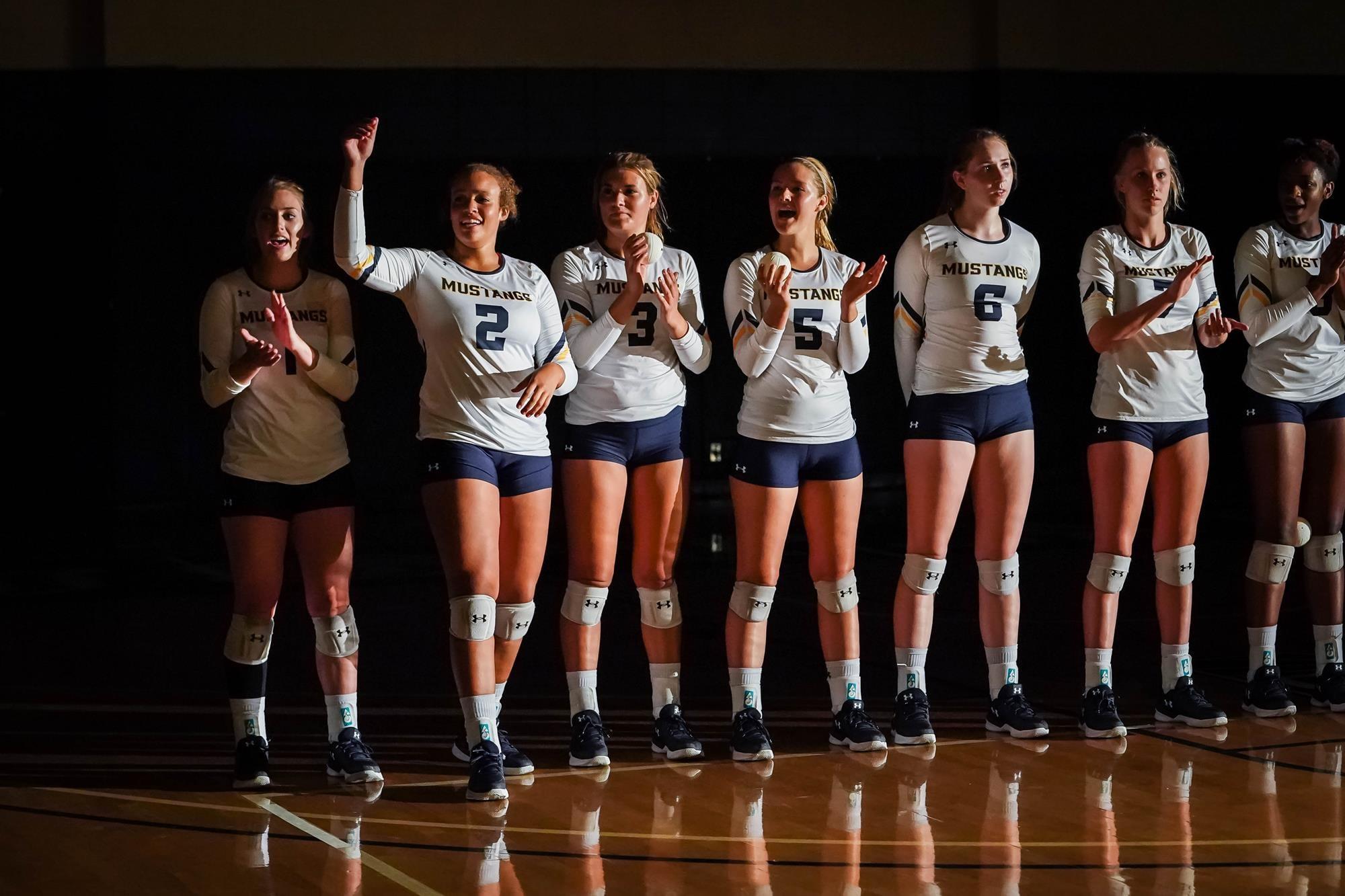 SCVNews.com   Mustang Women's Volleyball Team Sets 2018 ...
