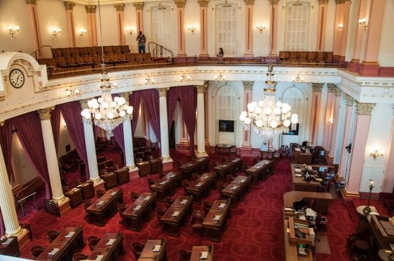 California Senate Chambers. Photo: Carole J. Buckwalters/WMC 4.0.