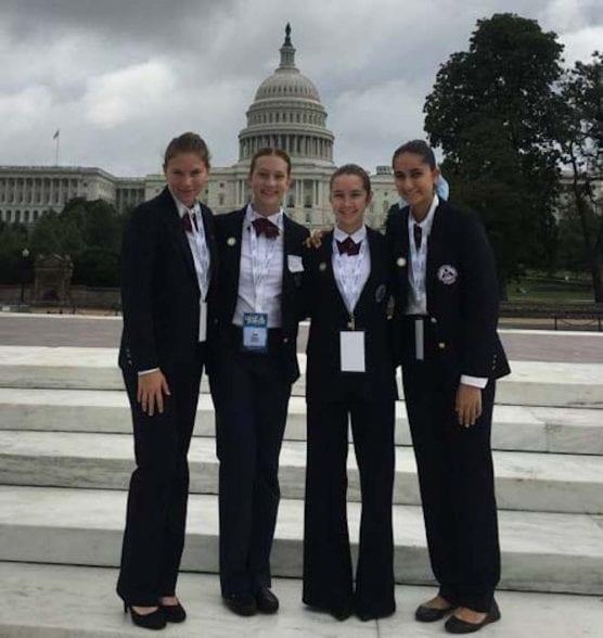 Valencia High Students Travel to Washington, DC