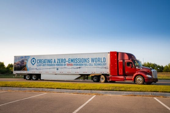 Kenworth trucks with Toyota Fuel Cells will begin serving the Port of Los Angeles in 2020, part of the effort to reduce deisel emissions in Los Angeles County.
