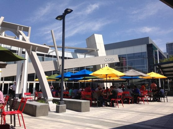 A view of the Google logo, from the patio area of Googleplex, between buildings 40 and 43, Aug. 19, 2014. | Photo: Jijithecat/CCA 4.0.