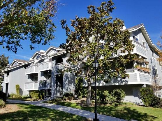 Santa Clarita housing