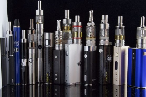 e-cigarettes vaping devices